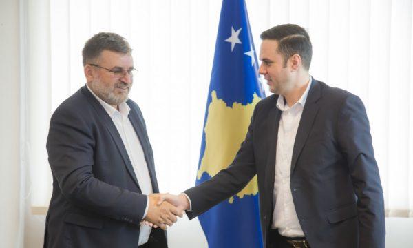 Blerim Kuçi pranon detyrën e ministrit të Ambientit nga Abdixhiku