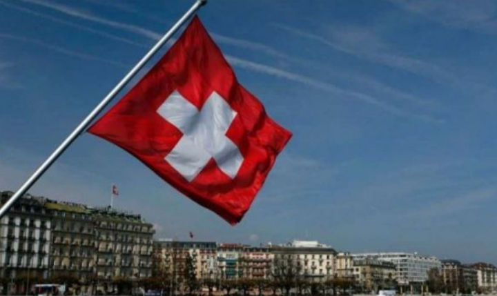 Zvicra ka një njoftim për të gjithë kosovarët që kthehen atje pas vizitës në Kosovë