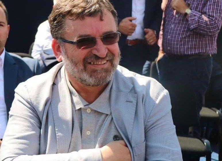 Ministri Kuqi flet për bllokimin e llogarive bankare të Telekomit