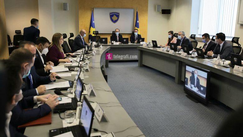 Qeveria miraton Projektligjin e Rimëkëmbjes Ekonomike, i hap rrugë tërheqjes së 10 përqindëshit të kursimeve nga Trusti