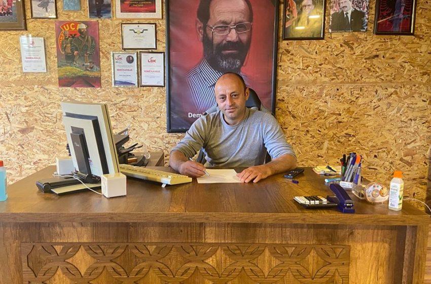 Asambleisti Ndrecaj ju del në mbrojtje mësimdhënësve të Shkolles Besim Ndrecaj-Maçitevë qe zhvilluan mesimin në objektin e Shkollës