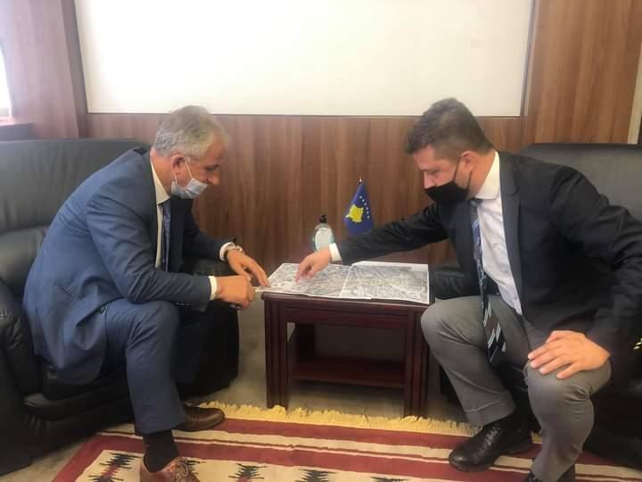 Bisedohet për fillimin e Projekteve të investimeve të KEDS-it në Suharekë