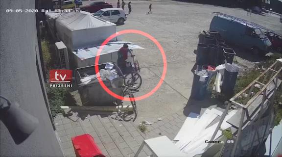 """""""Avullohet"""" një biçikletë në Prizren"""