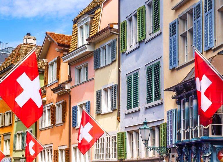Zvicra hoqi disa vende nga lista me rrezik të lartë, zbuloni se kush mund të udhëtojë atje