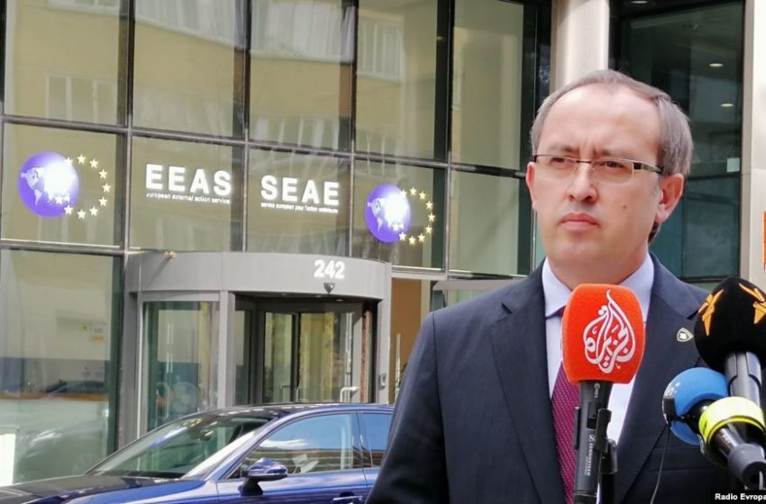 Hoti: Këto dy shtete, po e pengojnë liberalizimin e vizave për Kosovën