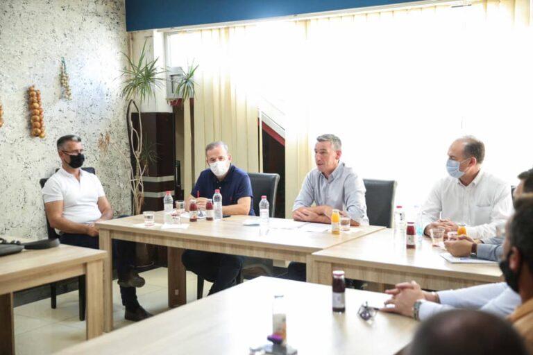 Kadri Veseli viziton degën e PDK-së në Suharekë