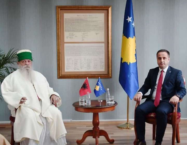 Zëvendëskryeministri Selmanaj takohet me Kryegjyshin botëror bektashian Haxhi Dedebaba Edmond Brahimaj