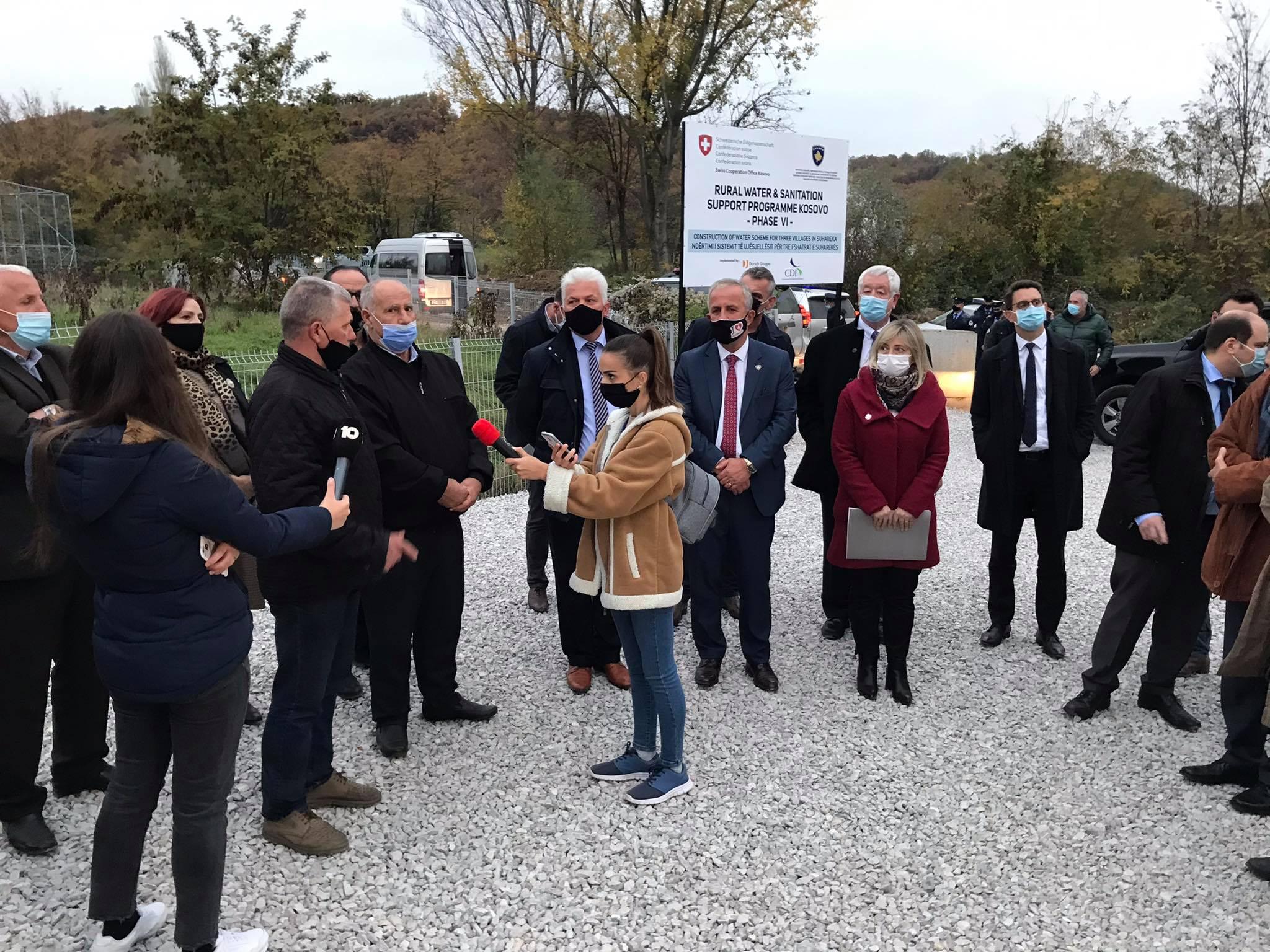 Delegacioni nga Zvicera, ka vizituar punimet në rregullimin e ujësjellësit në Reçan