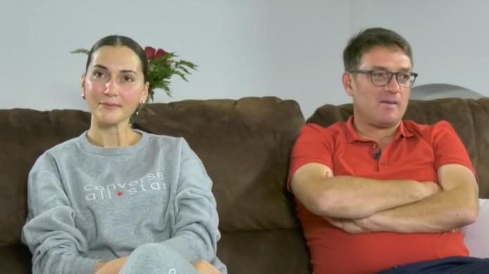 Gruaja e Ismet Munishit tregon se si u takuan dhe zbulon se si i shikojnë së bashku ndeshjet e futbollit