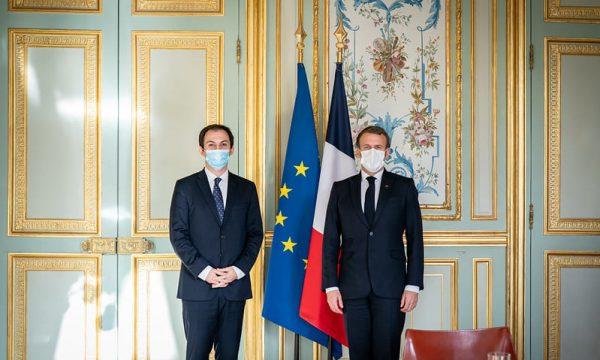 Gashi falënderon Macronin për ftesën në Pallatin Elysee, flasin për vizat