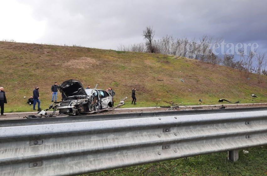Aksident në autostradën Suharek – Prizren, trupi fluturon jashtë veturës