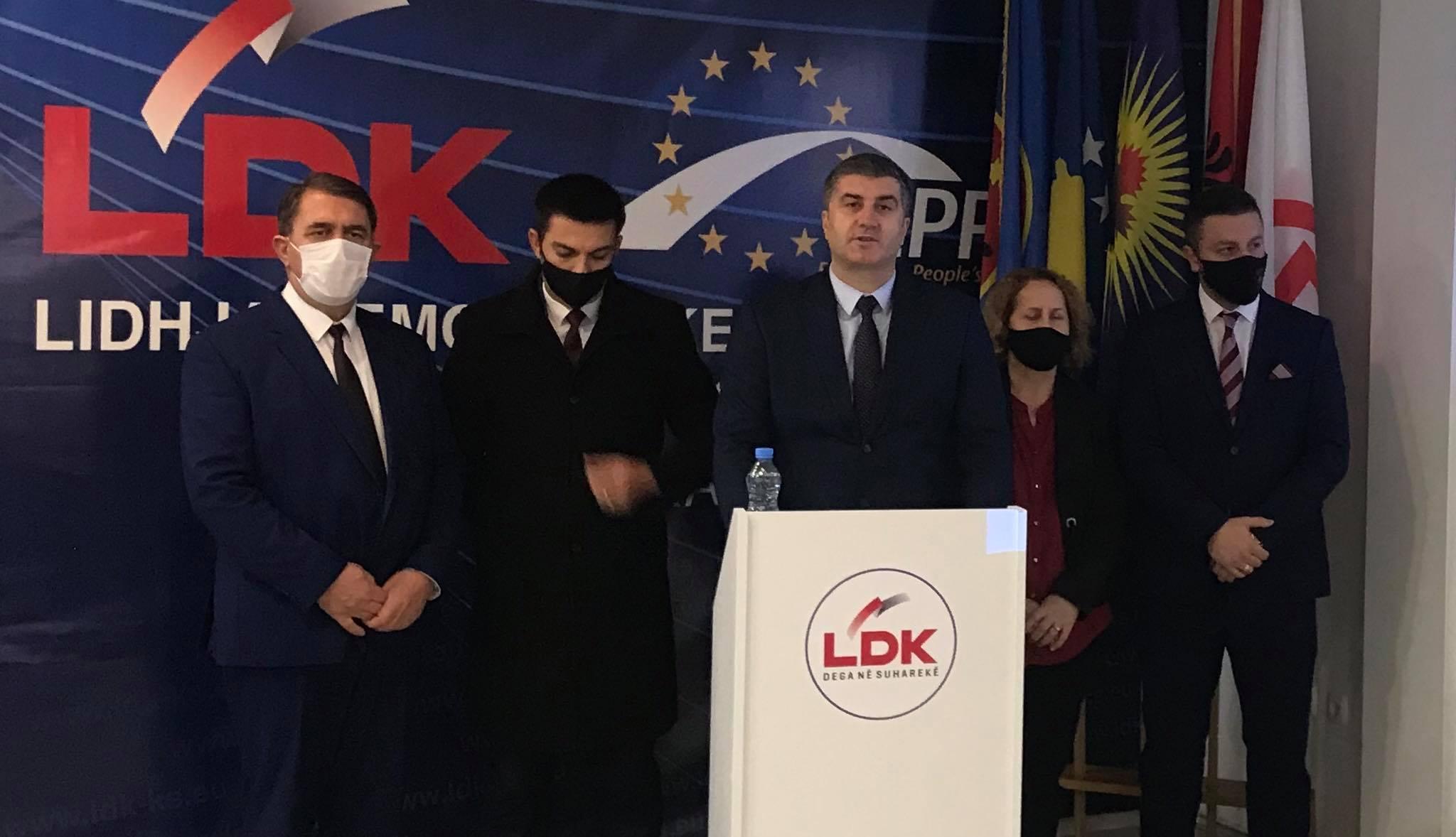 LDK në Suharekë reagon pas aktakuzës kundër zyrtarëve komunal: Shqetësime për ndërtime pa leje i kemi ngritur në gusht