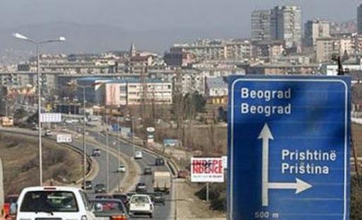 Ministria e Jashtme u sugjeron kosovarëve të mos udhëtojnë nëpër Serbi