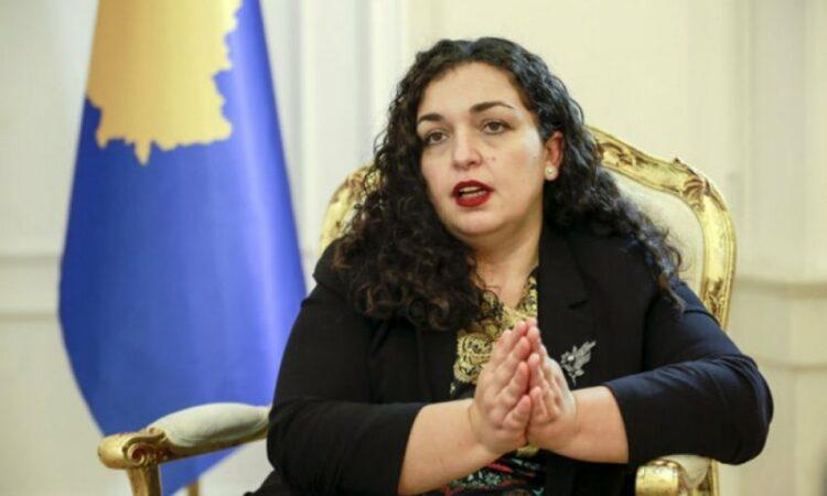 "Deputjetja e Kuvendit e quan Vjosa Osmanin, ""Mimoza llastica"""