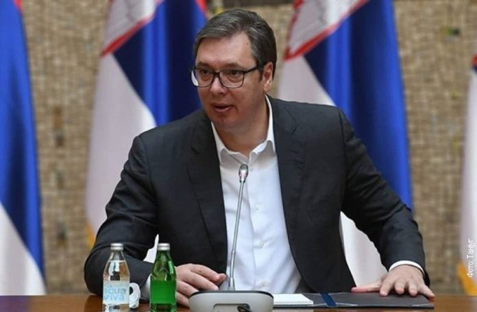 Vuçiq thotë se Serbia do të luftojë për interesat e saj në Kosovë, ironizon me Kurtin