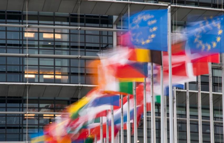 Parlamenti Evropian voton Raportin për Kosovën