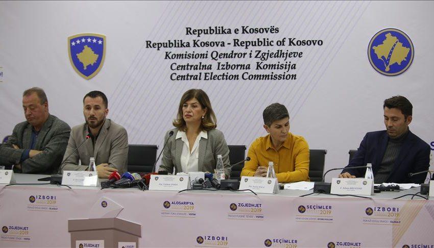 KQZ: Deri në ora 11:00 kanë votuar mbi 145 mijë qytetarë