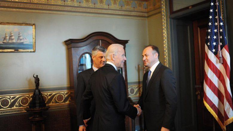 Hoxhaj falënderon Bidenin, pasi i kërkoi Serbisë njohjen e Kosovës