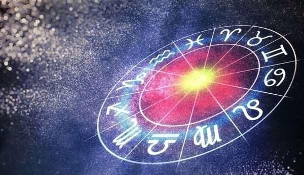 Horoskopi i të enjtes/ Puna dhe dashuria, çfarë ju kanë rezervuar shenjat gjatë kësaj dite