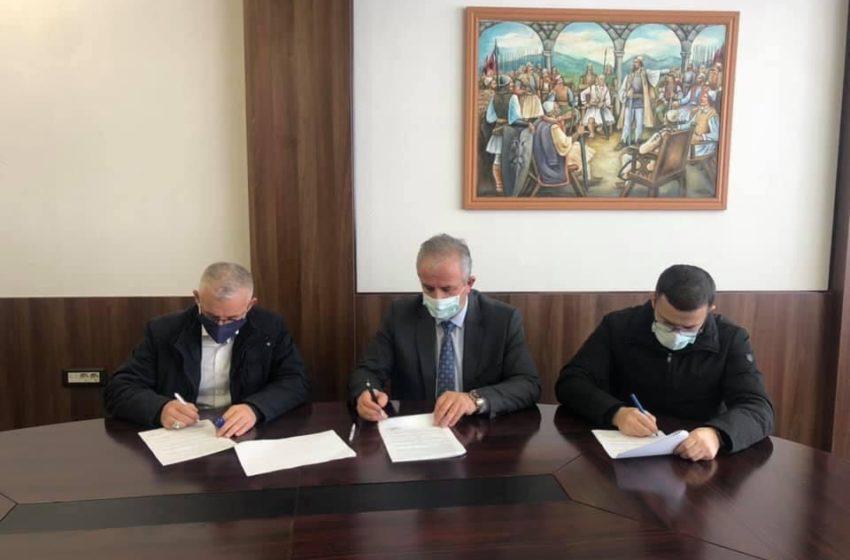Muharremaj nënshkruan kontratën 2.5 milion Euro, do të krijohen 50 vende të reja pune