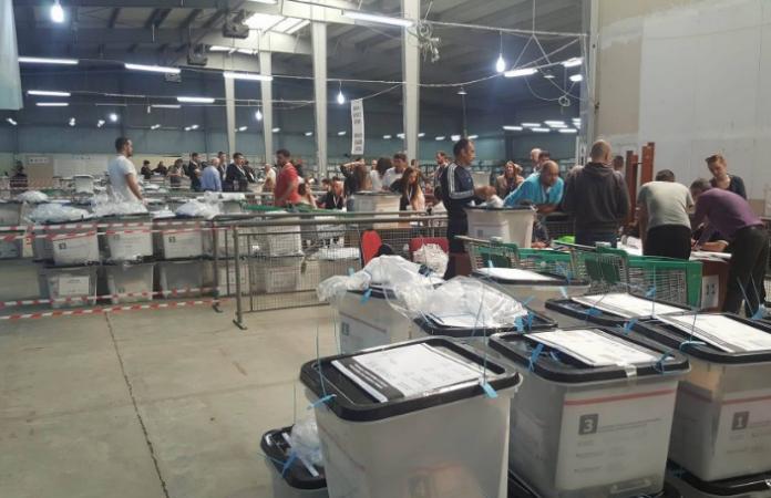 Sot pritet të fillojë numërimi i votave me kusht